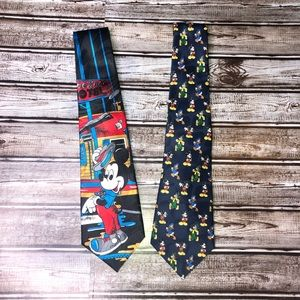 2 Mickey Mouse Unlimited necktie toes lot graphic